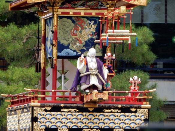 Takayama 14-Puppet Show1